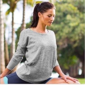 ATHLETA Batwing and Robin Scoop Neck Top